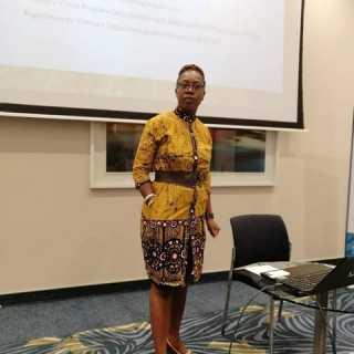 NaomiMengiTshosa avatar