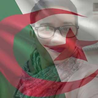 LalyLaly avatar